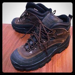 Northwest territory hiking boots